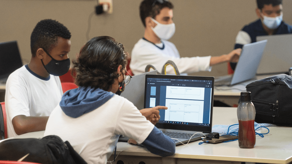 Olimpíada Brasileira de Informática: alunos passam para a segunda fase